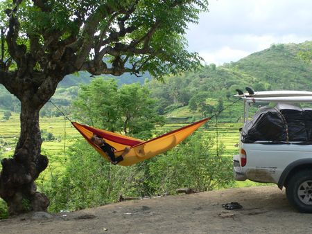 The lightweight hammock camping is a wonder for traveling