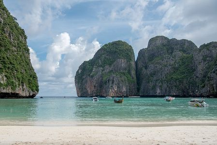 Travel tips to Phuket Thailand