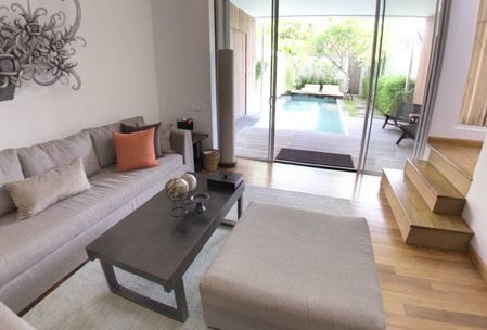 Luxury villas Seminyak with many bedrooms posibility