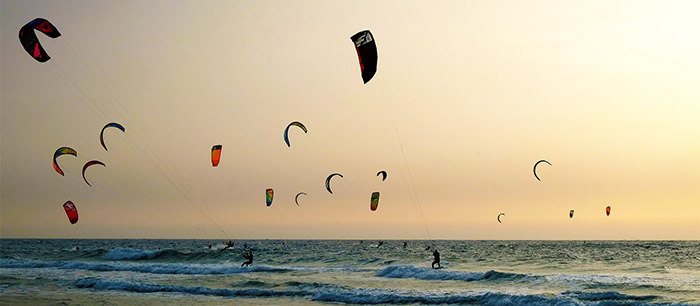 Top reasons why many travellers are in love with kitesurfing